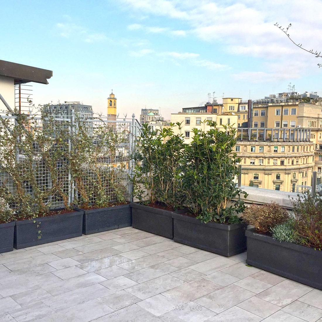 spesso Progetto di giardino pensile per terrazzo a Milano LR85