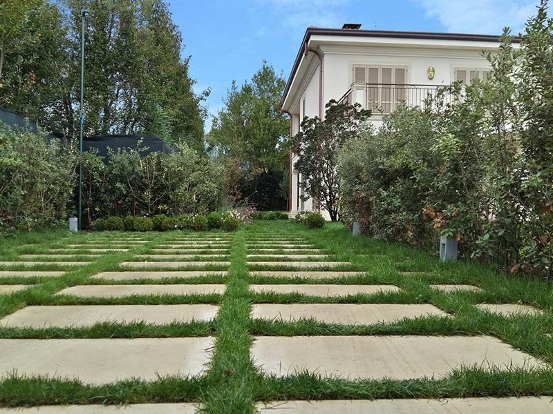 realizzazione giardino privato Forte dei Marmi